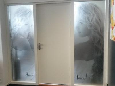print op glasfolie bij kapper