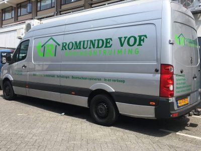 auto belettering voor Romunde kringloop winkel in Rotterdam