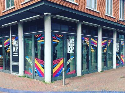 Dans Studio KP Spijkenisse belettering pand